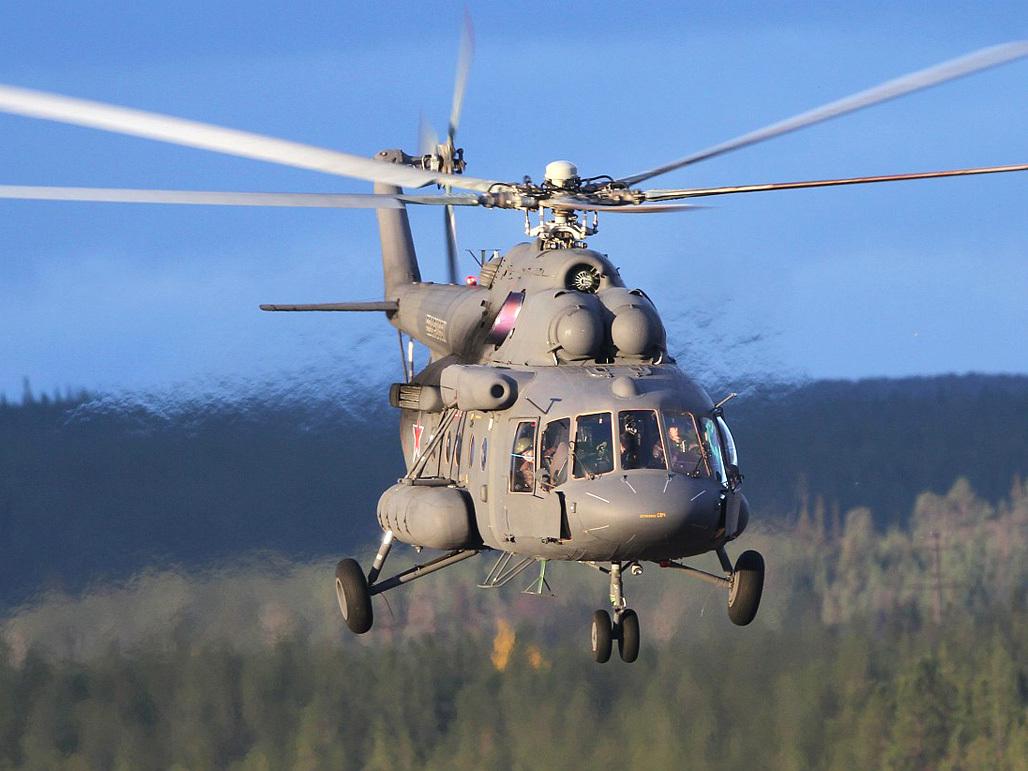 Показаны совместные манёвры российского и американского боевых вертолётов