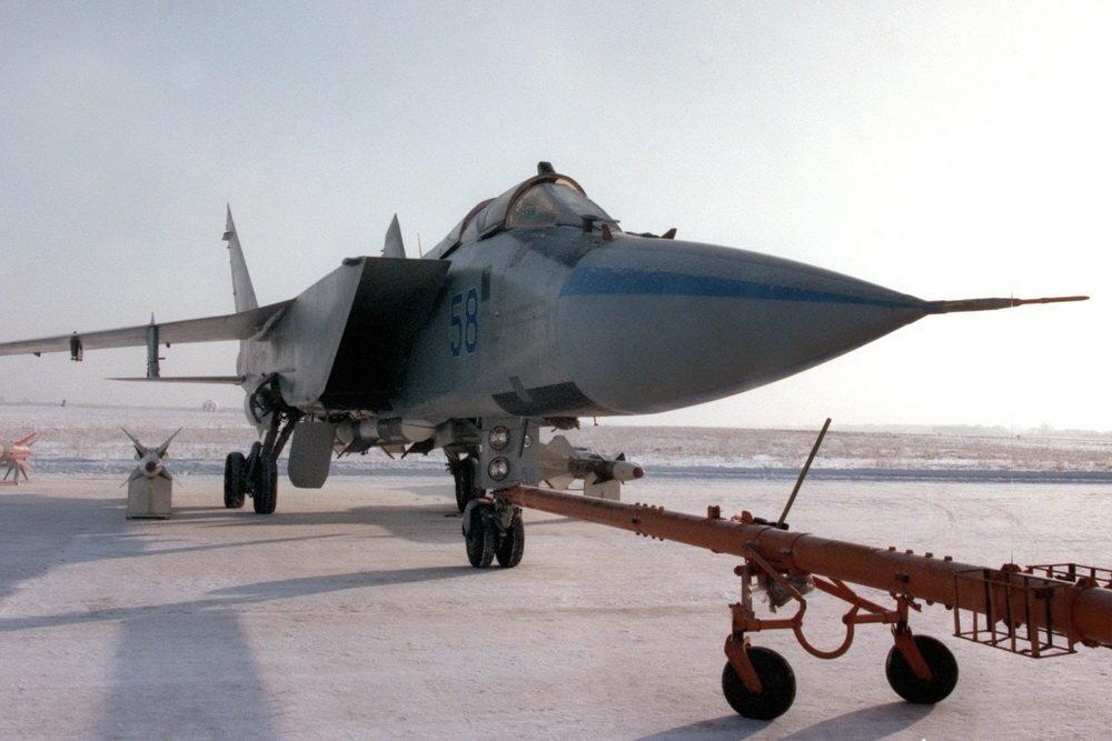 Заброшенный Россией самолёт МиГ-31М назвали потенциально самым боеспособным в мире