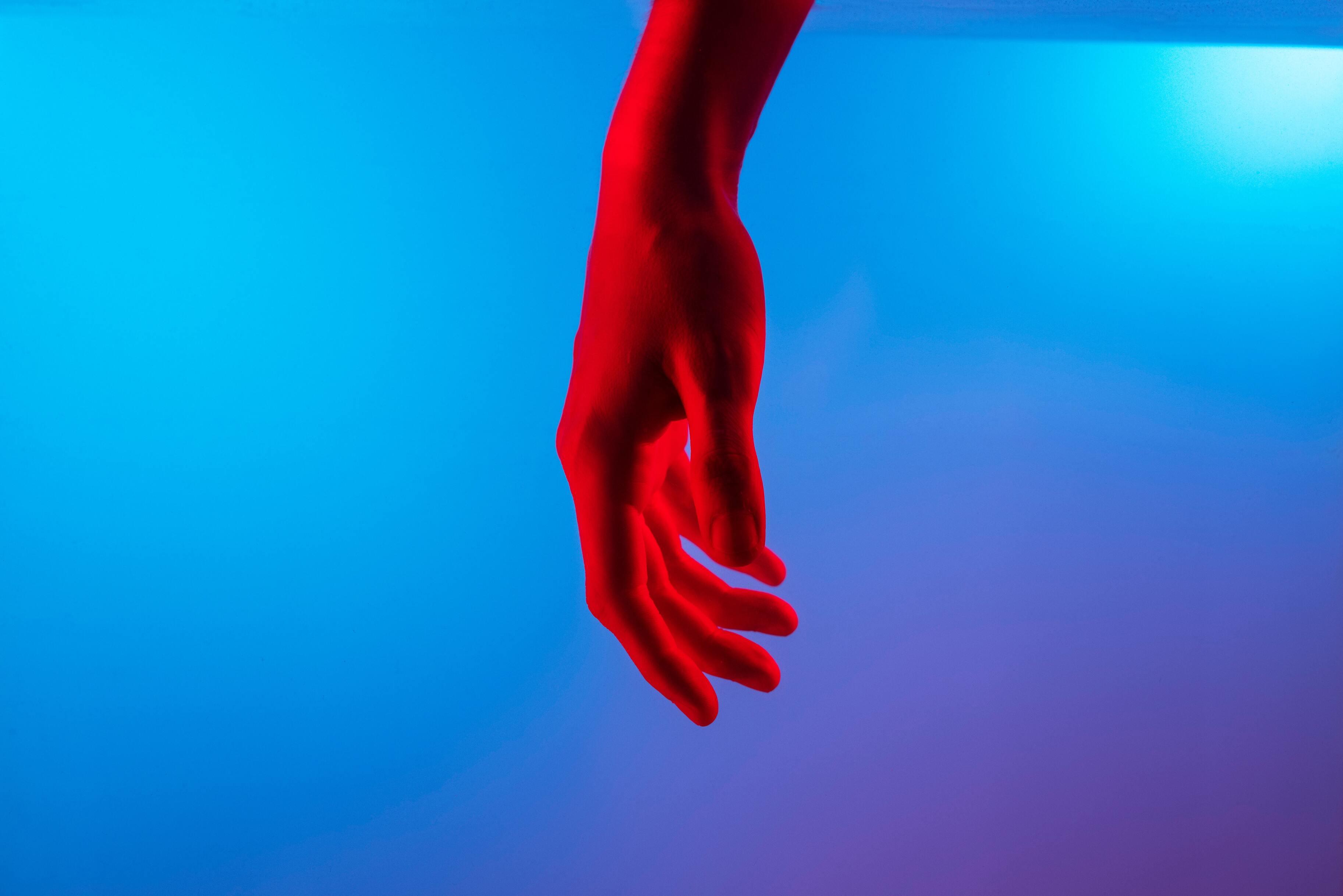 Искусственный интеллект научился предсказывать риск самоубийства для каждого человека