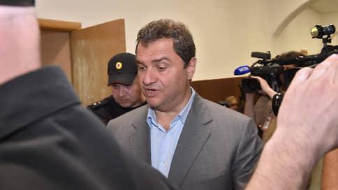 Средства на Эрмитаж пересчитают в суде // Начался процесс по делу бывшего замминистра культуры