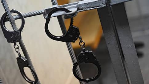 Трудный возраст осложнился терактом // Суд заключил несовершеннолетнего под стражу за подготовку взрыва в Тамбове