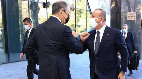 Россия и Турция отложили разногласия на следующий год // Главы МИДов продемонстрировали единство по всем вопросам