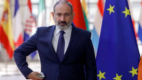 У Армении что ни будущее, то прошлое // После поражения в войне страна выбирает между бывшими лидерами