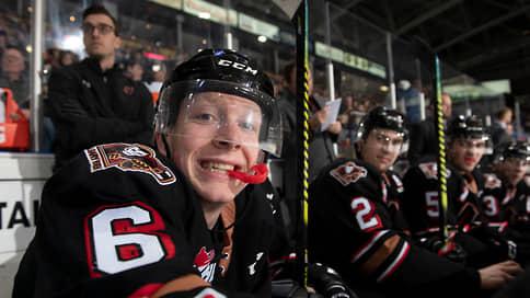 Канадский хоккеист совершил каминг-аут // Защитник «Нэшвилла» Люк Прокоп стал первым в истории НХЛ открытым геем среди игроков