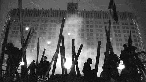 Бунт трясущихся рук // Виктор Лошак о том, как 30 лет назад свободные люди не испугались спецслужб и победили