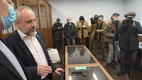 Мосгорсуд утвердил приговор коммунисту // Осужденный депутат Мосгордумы Олег Шереметьев лишится своего статуса