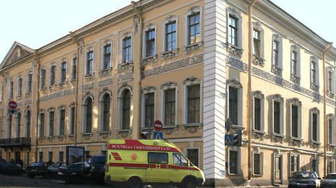 В поликлинике МВД злоупотребили со взятками // Начальник медсанчасти и его замы задержаны за коррупцию