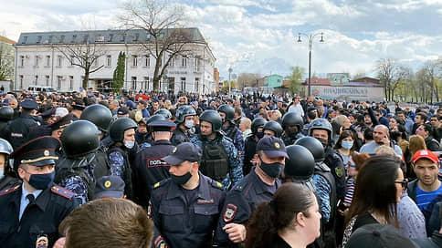 Время разбрасывать камни, и время судить за камни // Начался процесс о массовых беспорядках во Владикавказе