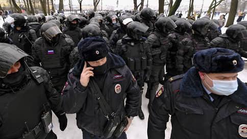 Адвокаты просят не прятать задержанных в «Крепость» // Президиум ФПА потребовал от МВД допустить защитников к доверителям