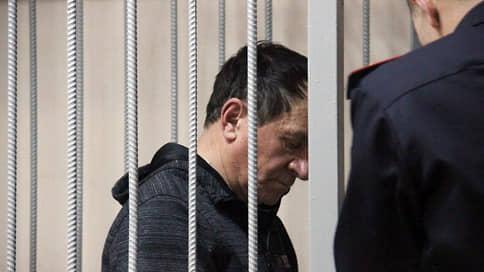 Адвокатов оштрафовали и отстранили от защиты // Экс-президента оренбургской адвокатской палаты и его коллегу признали виновными в коммерческом подкупе