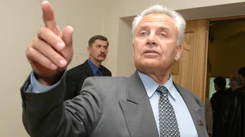 Экс-министр угорел на даче // Следствие подозревает, что бывшего главу Минсельхоза погубил обледеневший дымоход