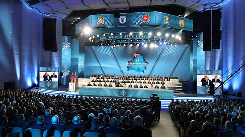 Александр Лукашенко нашел опору в социологии // К Всебелорусскому народному собранию подготовили опрос о всенародной поддержке власти