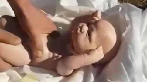 Кукольный театр одного актера // Выдумка с подменой трупов новорожденных детей вызвала переполох в двух регионах