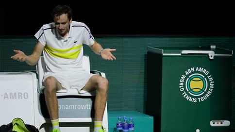 Даниил Медведев отложил рокировку // Теннисист может стать вторым в мире не 8-го, а 15 марта