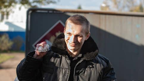Избитый заключенный вернулся за решетку // В день апелляции на приговор экс-сотрудникам ИК-1 по делу о пытках задержан потерпевший