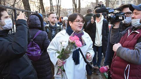 Юлия Галямина осталась без мандата // Но собирается его вернуть