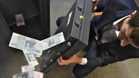 Следователь вещдоку не товарищ // Арестован обвиняемый в хищении 20 млн рублей из служебного сейфа