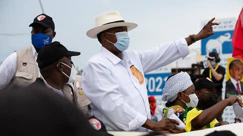Император идет на выборы // 77-летний глава Республики Конго, правивший страной 36 лет, намерен снова стать президентом
