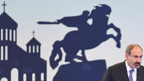 Никол Пашинян решил отдаться на милость проигравшего // Премьер Армении будет готов уйти в отставку «по решению народа»