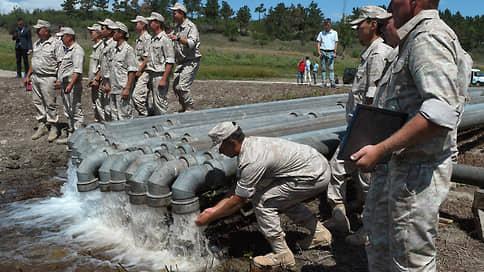 Крым выводят на чистую воду // Несмотря на угрозы Киева помешать проекту по опреснению воды на полуострове