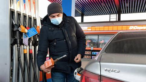 Бензин пошел нарасхват // Стоимость топлива возобновляет рост