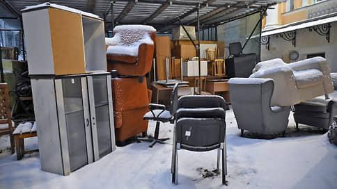 Кресла сдвинули в тень // В России выросла доля контрафактной мебели
