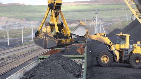 Уголь поедет далеко и надолго // Железные дороги могут обязать к долгосрочным договорам