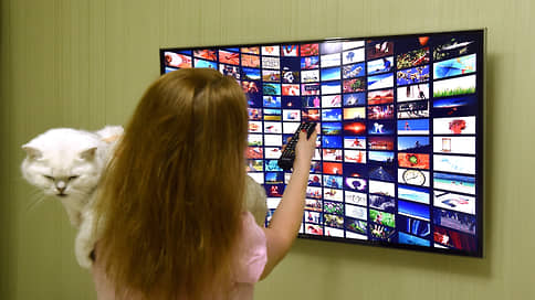 Российский софт расширяет приставительство // Предустановку отечественного ПО могут распространить на ТВ