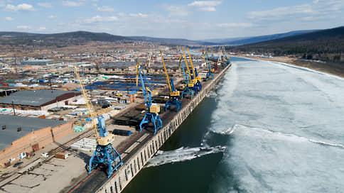 В правительстве вспомнили о речных ценностях // Порты будут раздавать инвесторам по рублю