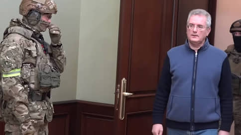 Губернатор переехал на взятке в Москву // Глава Пензенской области подозревается в коррупции, но может быть обвинен и в других преступлениях
