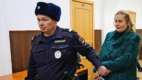 Любовь и взятки // Американца отдали под суд за подкуп помощницы Аркадия Дворковича