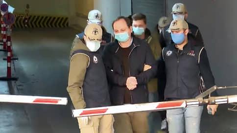 Суд в Стамбуле освободил журналистов НТВ