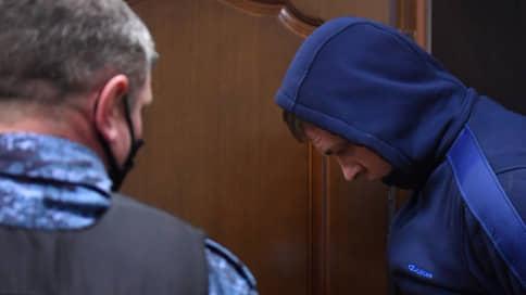 Суд арестовал водителя самосвала, врезавшегося в колонну автобусов со срочниками