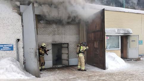 Обнаружено тело погибшего во время пожара на складе в Красноярске