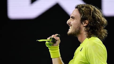 Медведев в полуфинале Australian Open сыграет с Циципасом