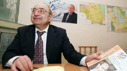 Следствие взяло подписку о невыезде с лидера оппозиции Армении Манукяна