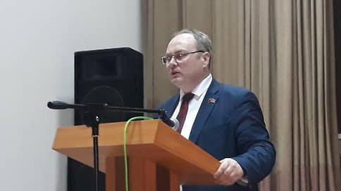 Тюменского депутата задержали за распространение экстремистских материалов