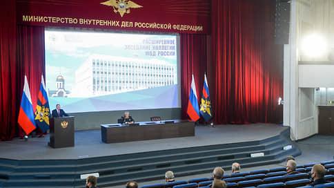 Путин призвал реагировать на вовлечение несовершеннолетних в незаконные акции