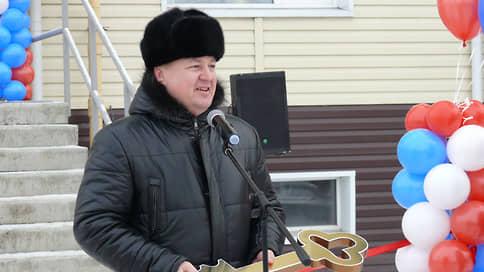 Главу минздрава Алтая подозревают во взятках на 4,6 млн рублей