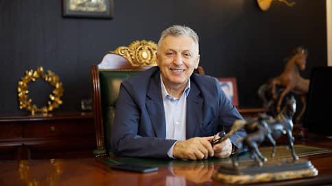 Умер основатель туроператора Mouzenidis Борис Музенидис