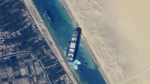Космонавт сфотографировал Суэцкий канал с МКС