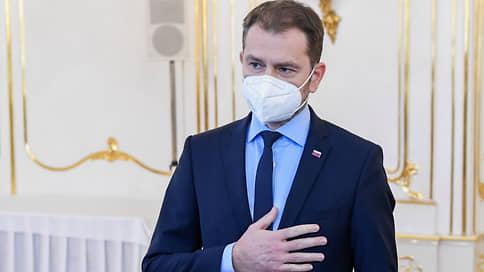 Премьер Словакии ушел в отставку из-за скандала со «Спутником V»