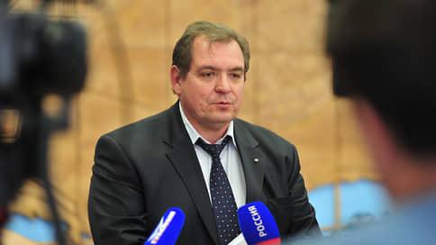 Глава Тольятти не выдержал ритм // Руководитель города Сергей Анташев подал в отставку после шквала критики со стороны региональных властей и жителей