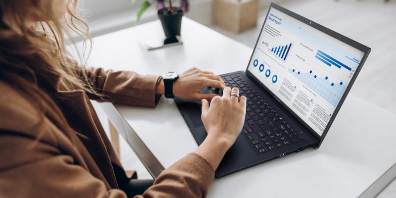 ASUS представила в России серию бизнес-ноутбуков ExpertBook L1