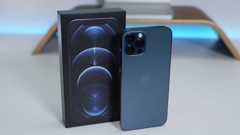 Почему самый дорогой iPhone 12 уступил первенство прошлогоднему флагману Samsung. Роскачество обновило рейтинг лучших смартфоны