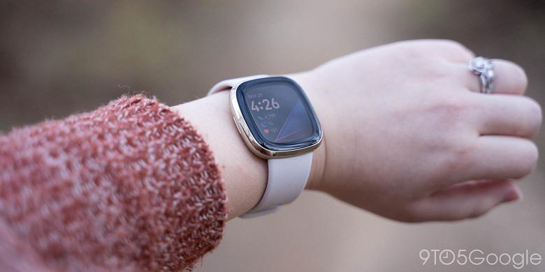 Fitbit предлагает бесплатную замену умных часов Sense