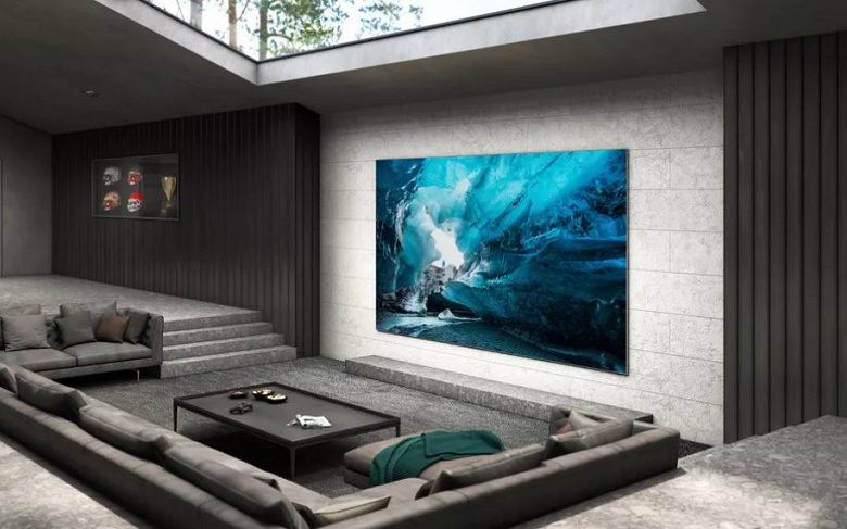 Samsung балует покупателей нового телевизора MicroLED роскошными подарками