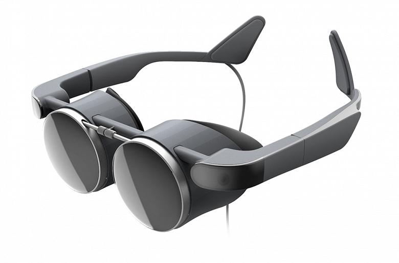 В новых очках виртуальной реальности Panasonic используются OLED-дисплеи разрешением 2,6K x 2,6K
