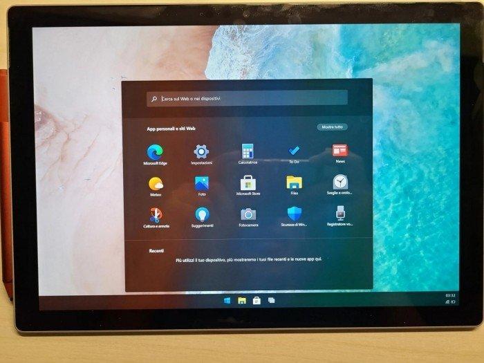 Видео дня: принципиально новая Windows 10X прекрасно себя чувствует на планшете Microsoft