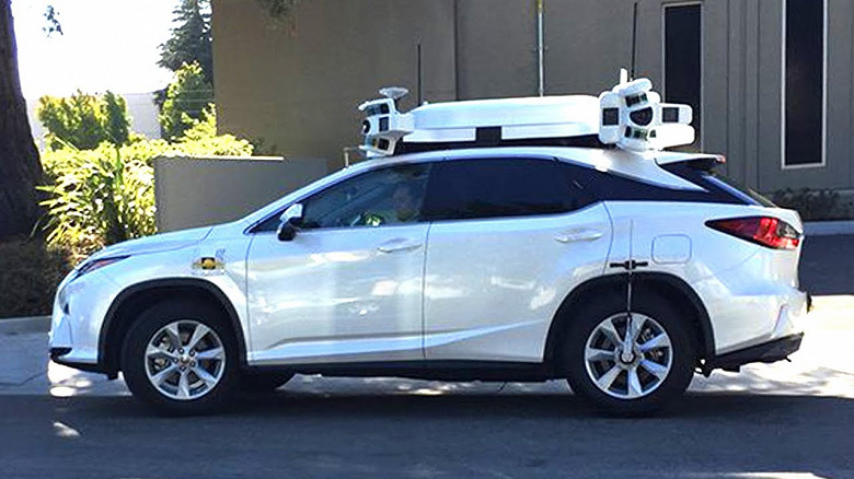 В 2020 году беспилотные автомобили Apple проехали вдвое больше, чем в 2019 году